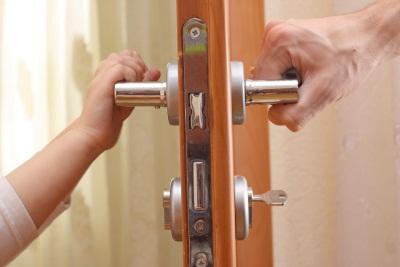 Выписка из квартиры без присутствия собственника