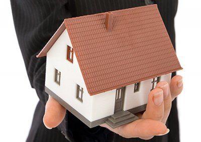 Что подразумевается под договором дарения в земельном праве?