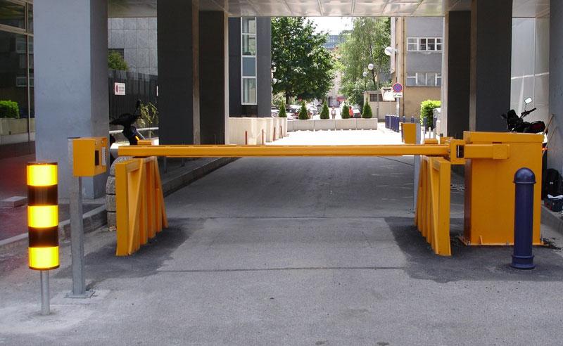 Расстояние парковки от детской площадки
