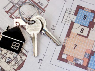 Нужно ли оформлять жилье в собственность?