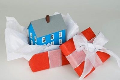 Как оформить договор дарения квартиры?
