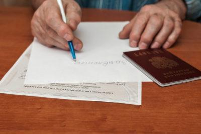 Где и как оформить льготы на коммунальные услуги ветеранам труда: подробности процедуры получения